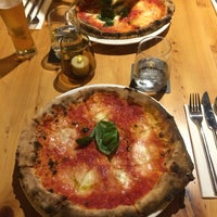 Снимок сделан в Pizza Fabbrica пользователем Martina M. 6/25/2016