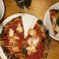 Снимок сделан в Pizza Fabbrica пользователем Martina M. 5/21/2016