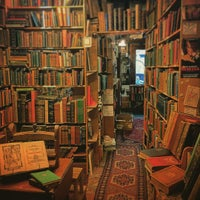 Armchair Books Grassmarket West Port