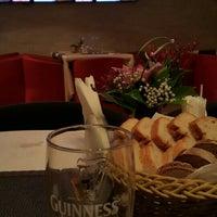 Foto diambil di resto-bar Гости oleh mojno m. pada 6/9/2015