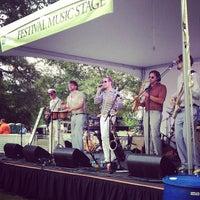9/15/2012 tarihinde MixtapeAtlantaziyaretçi tarafından Atlanta Arts Festival'de çekilen fotoğraf