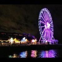 Das Foto wurde bei The Seattle Great Wheel von Abraham Ronel M. am 10/26/2012 aufgenommen