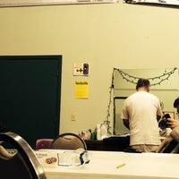 Foto tomada en Clear Creek Country Theatre por Kyle T. el 4/13/2014