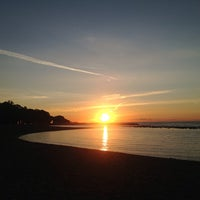 Foto diambil di Woodbine Beach oleh Daria C. pada 8/24/2013