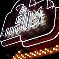 Foto tirada no(a) The Rum House por Neal S. em 2/14/2013