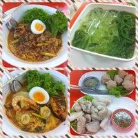 7/8/2014 tarihinde boumbimziyaretçi tarafından รวยแซ่บ ก๋วยเตี๋ยวต้มยำไข่หวาน'de çekilen fotoğraf