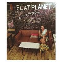 Das Foto wurde bei Flatplanet von Jana R. am 7/15/2013 aufgenommen