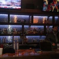 รูปภาพถ่ายที่ Cowbell Burger & Bar โดย Brandon F. เมื่อ 3/3/2013