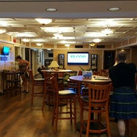 Das Foto wurde bei USO Hawaii's Airport Center von Jim F. am 9/13/2015 aufgenommen