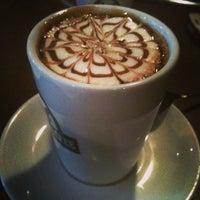 Photo prise au Edward's Coffee par Sinem B. le1/23/2013