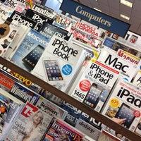 Foto scattata a Barnes & Noble da Alvaro C. il 12/15/2012