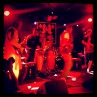 Foto tirada no(a) Rock & Roll Hotel por Aaron em 7/14/2013