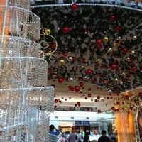 Foto diambil di Pondok Indah Mall oleh Maya P. pada 12/31/2012