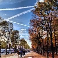 Foto scattata a Jardins des Champs-Élysées da MikaelDorian il 10/4/2012
