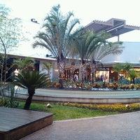 Foto tirada no(a) Parque D. Pedro Shopping por Alexandre S. em 12/5/2012