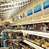 Photo prise au Pondok Indah Mall 2 par Bayu Dwi S. le3/24/2013