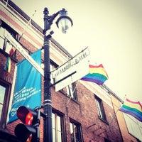Photo prise au Village Gai / Gay Village par Ilaria H. le10/18/2012