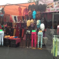 1ba5c8a61 ... Foto tomada en Mercado Lagunilla Ropa y Telas por Maribe L. el 11 2 ...