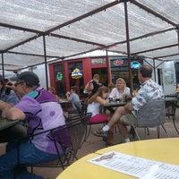 Foto tirada no(a) Garage Soup Shack & Mesquite Grill por Elaine em 7/5/2013