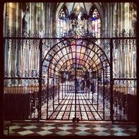 12/7/2012 tarihinde Tehhee S.ziyaretçi tarafından Aziz Stephan Katedrali'de çekilen fotoğraf