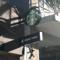 Снимок сделан в Starbucks пользователем Danny M. 2/21/2013
