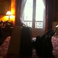 Foto tirada no(a) Hôtel de Nice por Raya B. em 11/13/2012