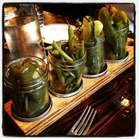 รูปภาพถ่ายที่ Jacob's Pickles โดย Little I. เมื่อ 6/15/2013