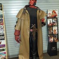 Das Foto wurde bei Bedrock City Comic Co. von Gerardo P. am 4/24/2014 aufgenommen