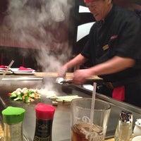 12/9/2013 tarihinde Eric V.ziyaretçi tarafından Ohjah Japanese Steakhouse Sushi & Hibachi'de çekilen fotoğraf