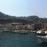 Photo prise au Isola di Capri par Виктория А. le8/18/2013