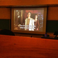 รูปภาพถ่ายที่ Dane Smith Hall โดย Dave D. เมื่อ 9/25/2012