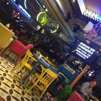 9/27/2012 tarihinde Bülent I.ziyaretçi tarafından Big Yellow Taxi Benzin'de çekilen fotoğraf