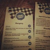 Снимок сделан в Dish – Fine Burger Bistro пользователем Pan Jan 11/19/2012