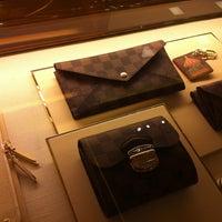 eaafef9a8 Louis Vuitton | لويس ڤويتون - العليا - الرياض, منطقة الرياض