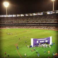 Foto tirada no(a) Melbourne Cricket Ground (MCG) por Monty H. em 7/6/2013