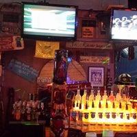Das Foto wurde bei Freaki Tiki Bar von Philip S. am 11/24/2013 aufgenommen
