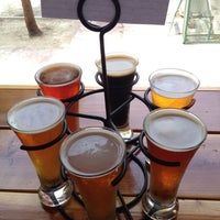 Foto scattata a Belching Beaver Brewery Tasting Room da Jason R. il 8/3/2013