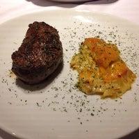 Foto scattata a Fleming's Prime Steakhouse & Wine Bar da Bruno F. il 4/1/2016
