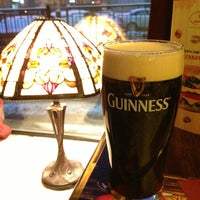 Foto diambil di Simple Pub oleh Eduard A. pada 3/13/2013