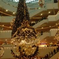 Foto diambil di Galeria Shopping Mall oleh Yana T. pada 1/2/2013