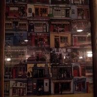 Foto tirada no(a) Molly Malone's por Mikhail Bab B. em 11/17/2012