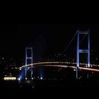 Photo prise au Boğaziçi Köprüsü par S. S. le4/11/2013