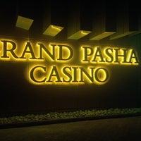 Foto scattata a Grand Pasha Hotel & Casino da Hande il 10/16/2013