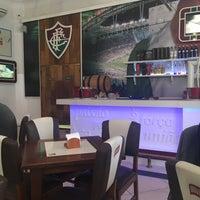 รูปภาพถ่ายที่ Bar dos Guerreiros โดย Dafna G. เมื่อ 10/5/2016