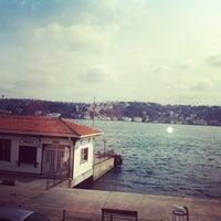 Foto tomada en Taş Kahve Cafe & Restaurant por Tuğba D. el 3/3/2013