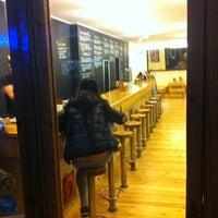 12/17/2012에 Luis E.님이 La Castanya Gourmet Burger에서 찍은 사진