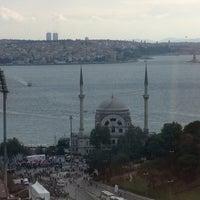 Foto diambil di The Ritz-Carlton Istanbul oleh Keith H. pada 11/13/2012