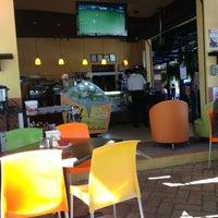 Foto tomada en Lukumbe Café por 🌙Arturo P. el 3/24/2013