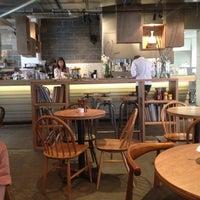 9/17/2012 tarihinde Keith H.ziyaretçi tarafından Lantana Cafe'de çekilen fotoğraf