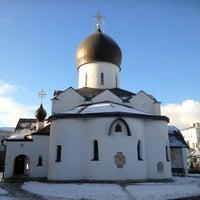 12/23/2012 tarihinde Алексей Г.ziyaretçi tarafından Marfo-Mariinsky Convent'de çekilen fotoğraf